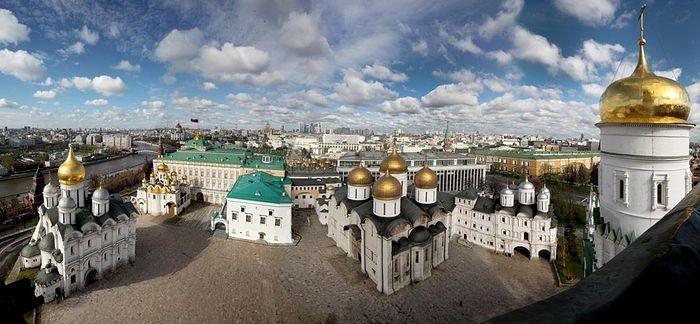 поэтому, состояние и сохранность московского кремля или